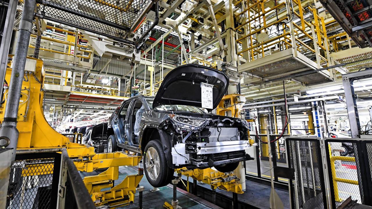 Japon otomotiv devi üretimi düşürecek