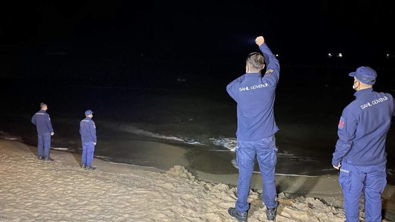 Deniz üzerindeki cisim ekipleri harekete geçirdi