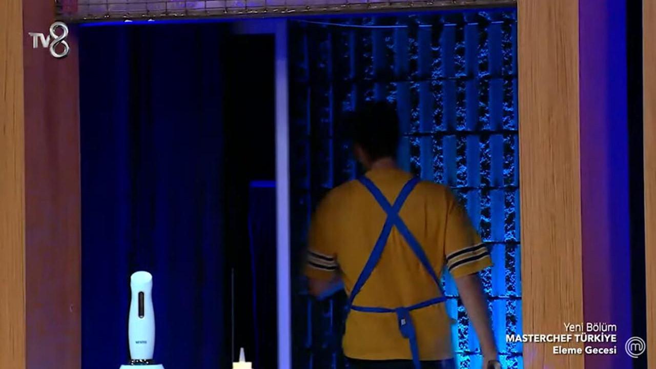 MasterChef'te Mehmet şef yarışmacıyı stüdyodan kovdu