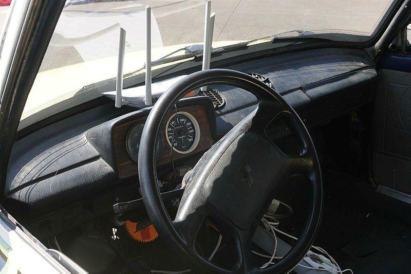 1989 model Serçe'yi, ''sürücüsüz'' taksiye çevirdiler - Resim: 3