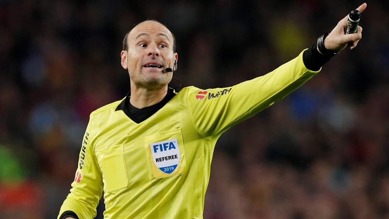 Beşiktaş - Borussia Dortmund maçının hakemi belli oldu