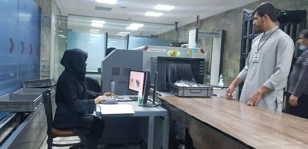 Kabil'de kadın çalışanlar iş başı yaptı - Resim: 1