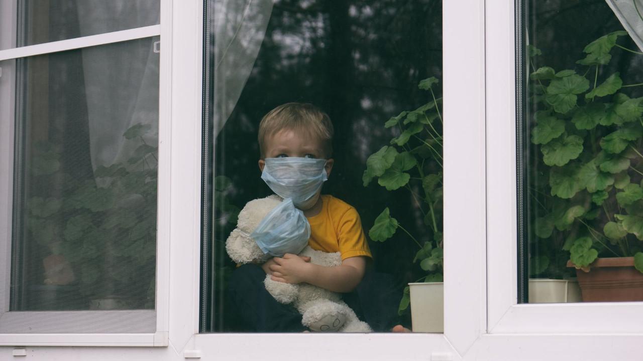 Çocuklarla ilgili korkutan araştırma: Koronavirüsü atlatsalar da...