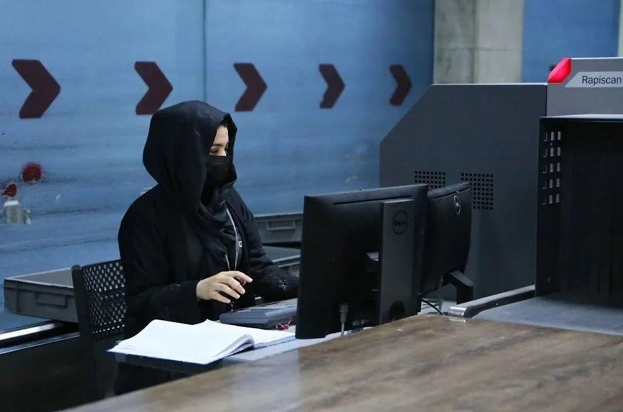 Kabil'de kadın çalışanlar iş başı yaptı - Resim: 4