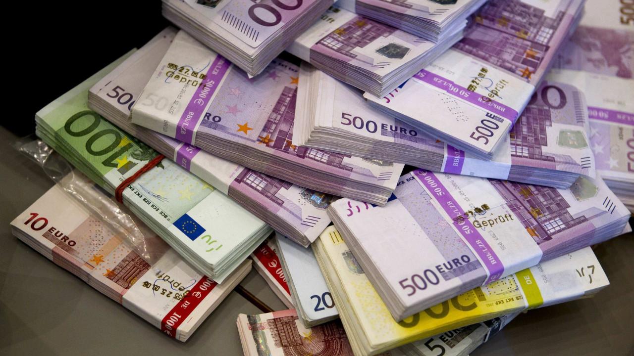 AB'de 4.5 milyar euroluk vurgun