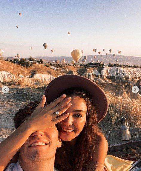 Cedi Osman'ın evlilik teklifine ''evet'' diyen Ebru Şahin o anları paylaştı - Resim: 2