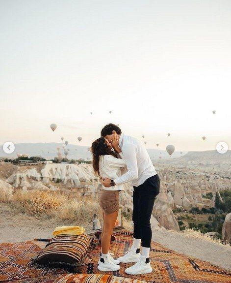 Cedi Osman'ın evlilik teklifine ''evet'' diyen Ebru Şahin o anları paylaştı - Resim: 3