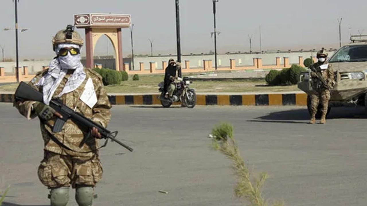 Taliban'dan flaş düzenli ordu açıklaması
