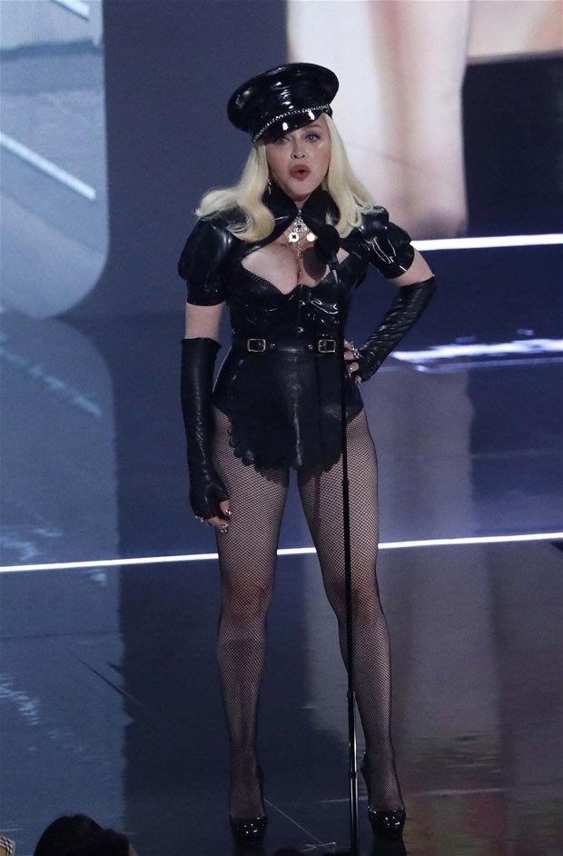 Madonna tuvaletten paylaştı ortalık yıkıldı: Bu ne hal? - Resim: 1