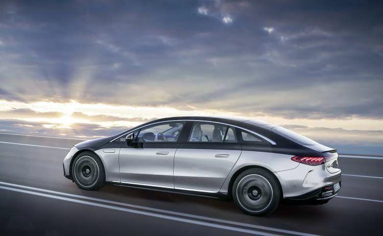 Mercedes'in elektrikli süper otomobili Mercedes EQS Türkiye'de - Resim: 1