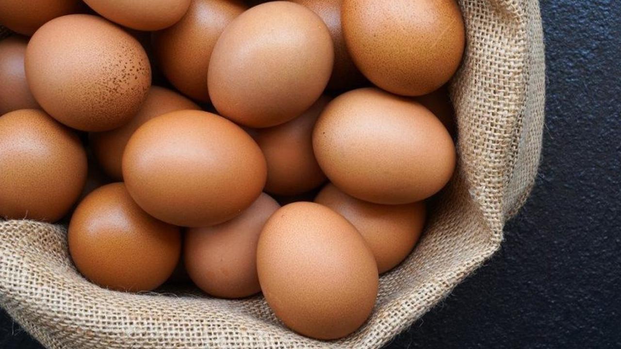 Yumurta fiyatları aldı başını gidiyor