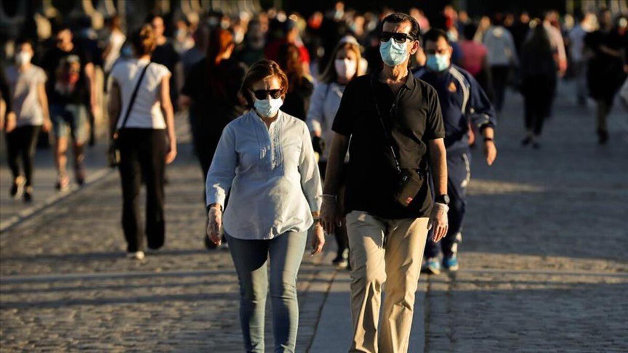 Aşı olanlar dikkat! En riskli grup açıklandı: ''Koronavirüs kapma olasılığı 2 kat fazla'' - Resim: 1