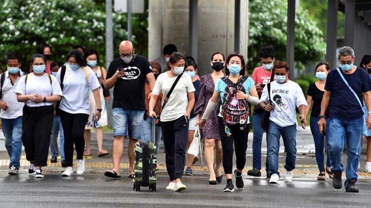 Aşı olanlar dikkat! En riskli grup açıklandı: ''Koronavirüs kapma olasılığı 2 kat fazla''