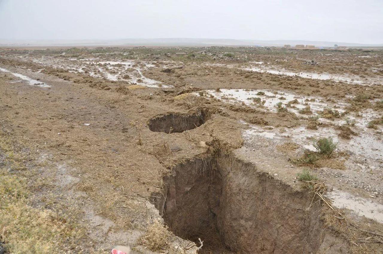 Yağış sonrası tüm şehirde oluşan dev çukurların nedeni açıklandı - Resim: 1