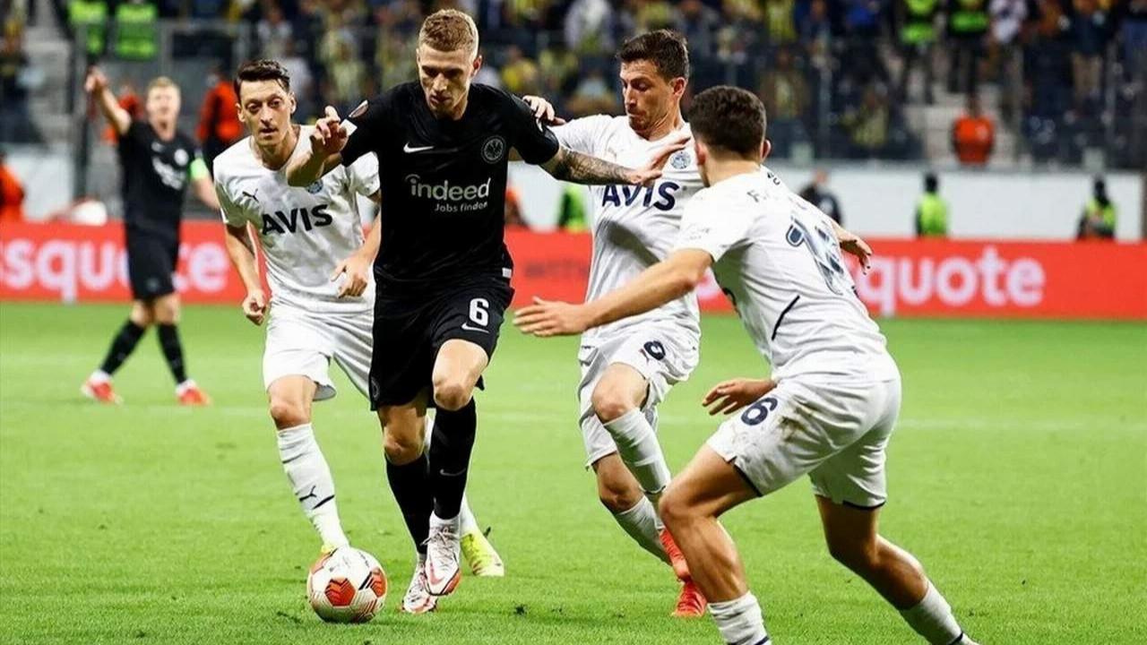 Fenerbahçe Almanya'dan 1 puanla döndü