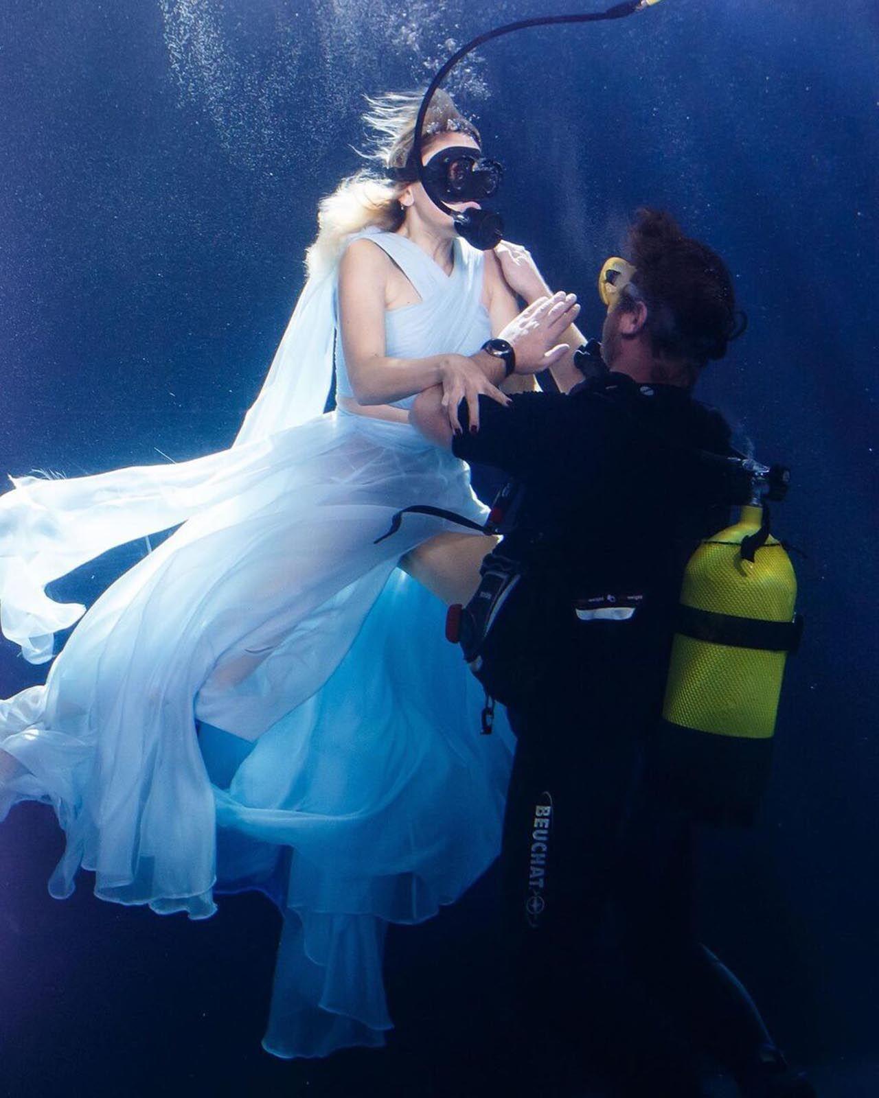 Hadise'den su altında klip - Resim: 1