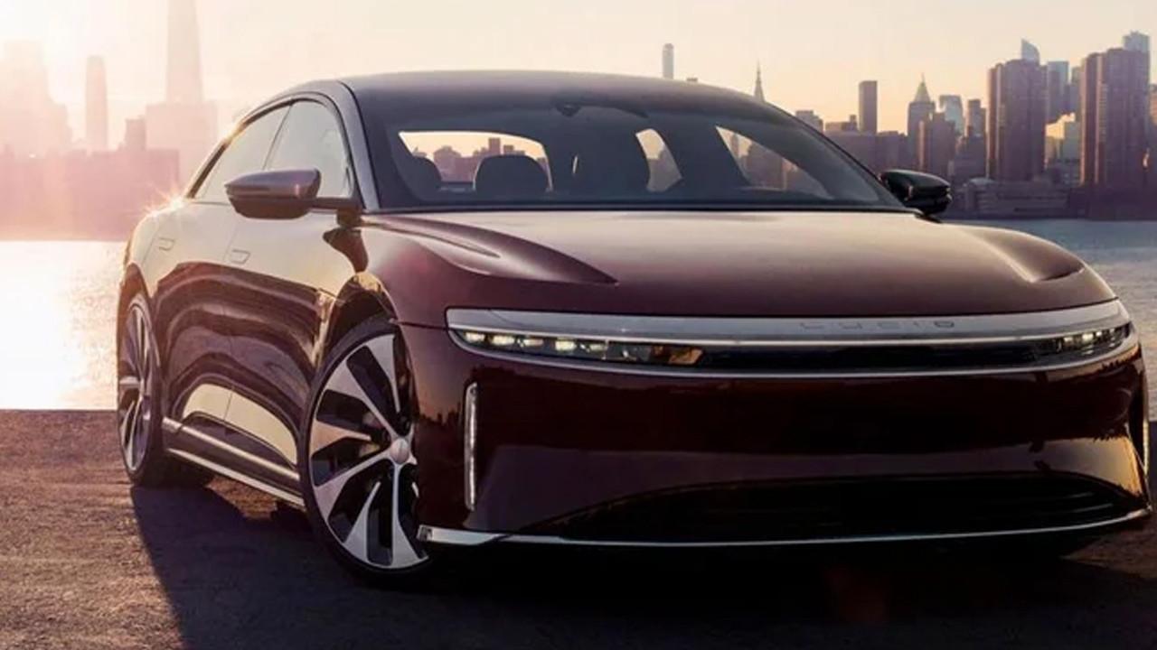Tesla'yı bile solladı: En uzun menzilli elektrikli otomobil oldu