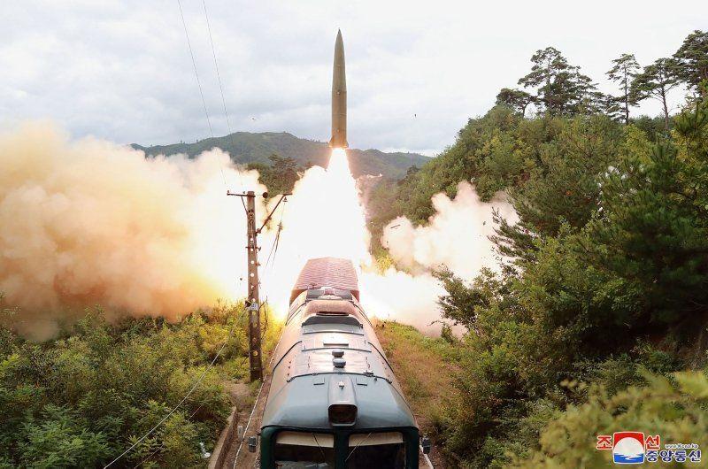 Kuzey Kore tüm dünyayı tedirgin eden görüntüleri yayınladı - Resim: 4