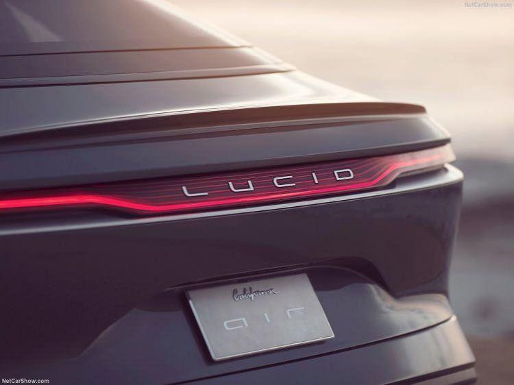 Dünyanın en uzun menzilli elektrikli otomobili olarak tescillendi - Resim: 4