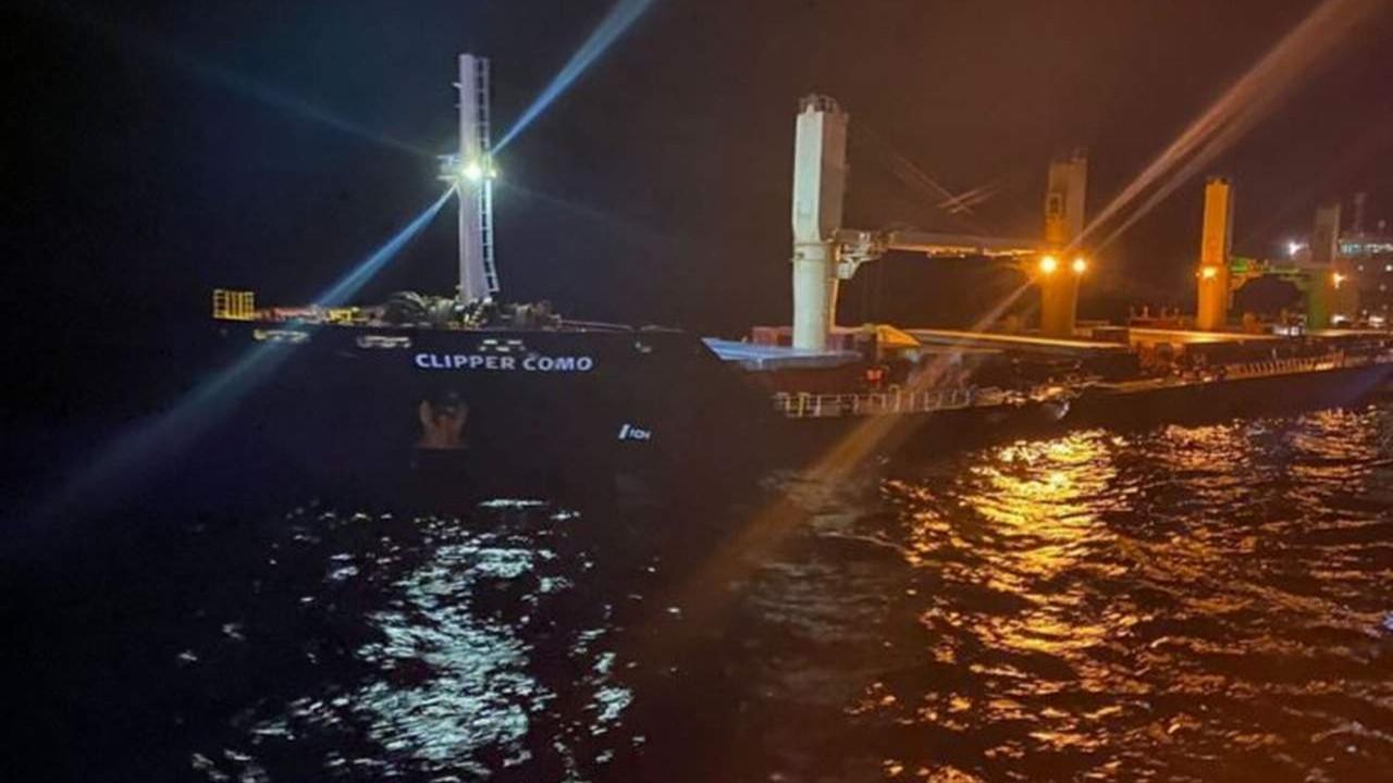 Çanakkale Boğazı açıklarında 2 gemi çarpıştı