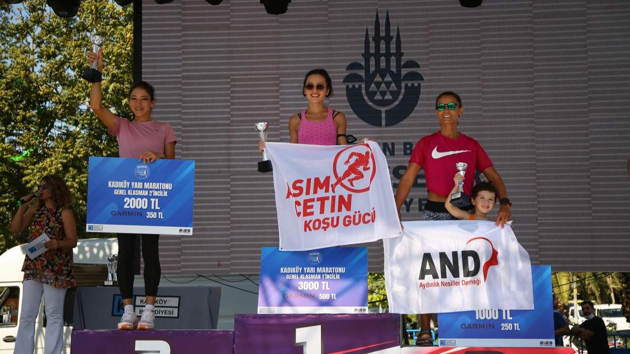 Kadıköy Yarı Maratonu'nun kazananları belli oldu