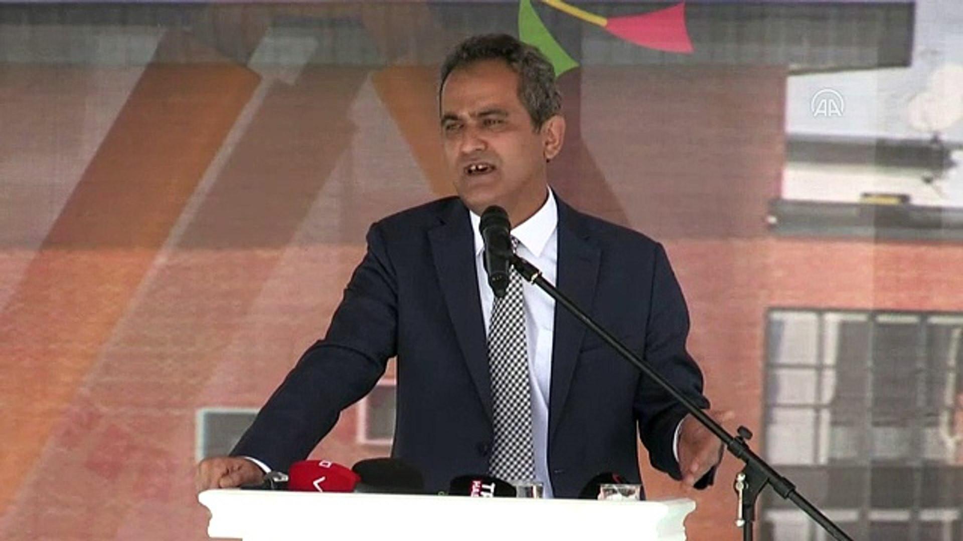 Milli Eğitim Bakanı Özer, yüz yüze eğitim için son kararı açıkaldı