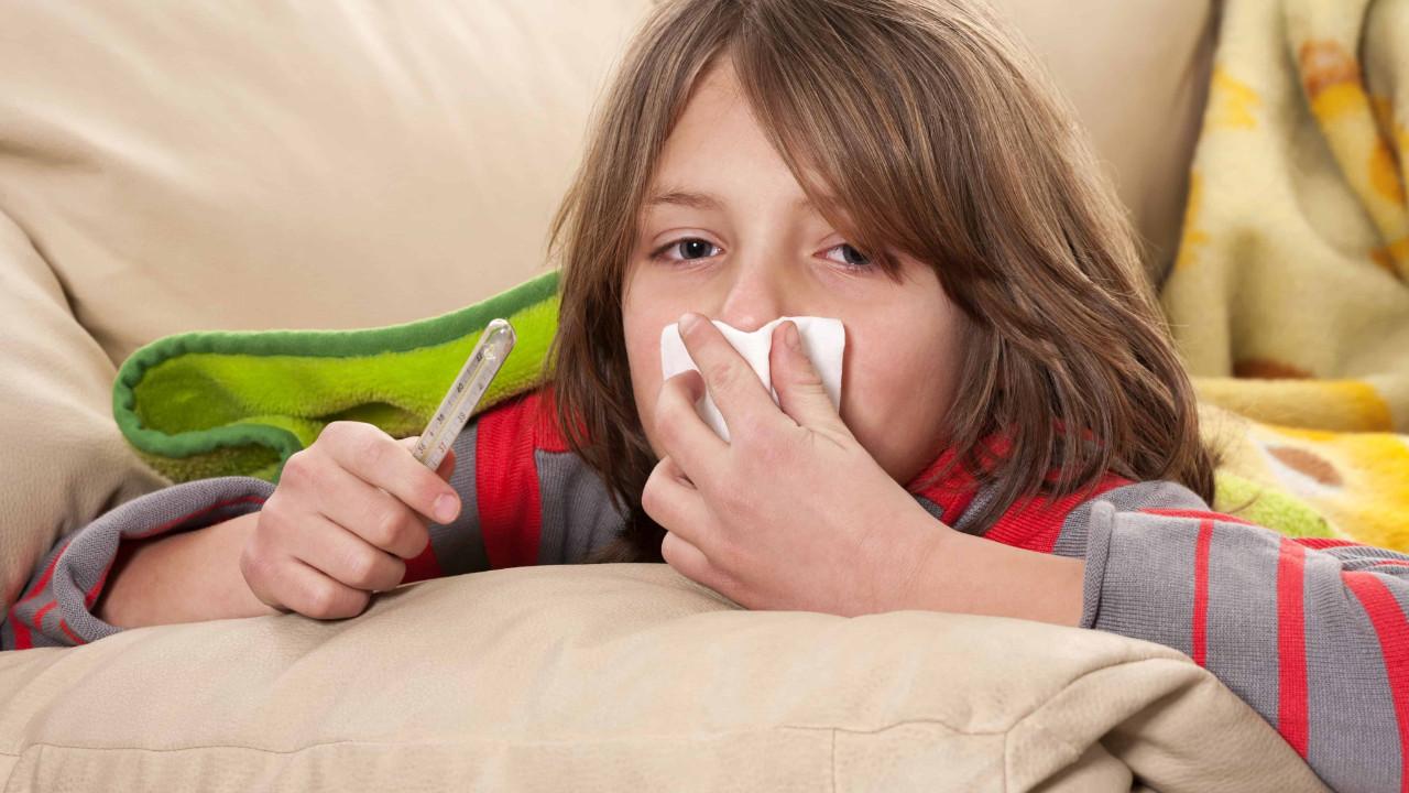 Grip mi, koronavirüs mü ? Anne babalar çaresiz! İşte asıl belirtiler