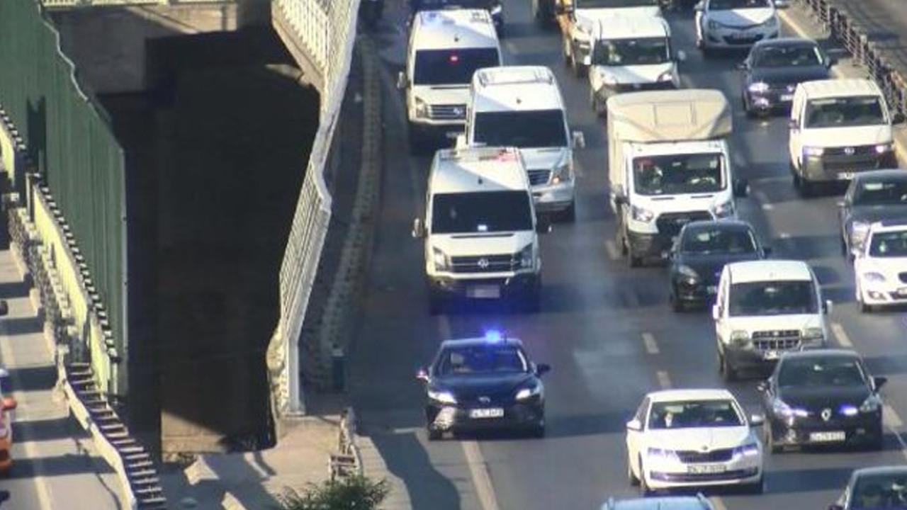 İstanbul trafiğinde şimdi de çakarlı minibüs kabusu