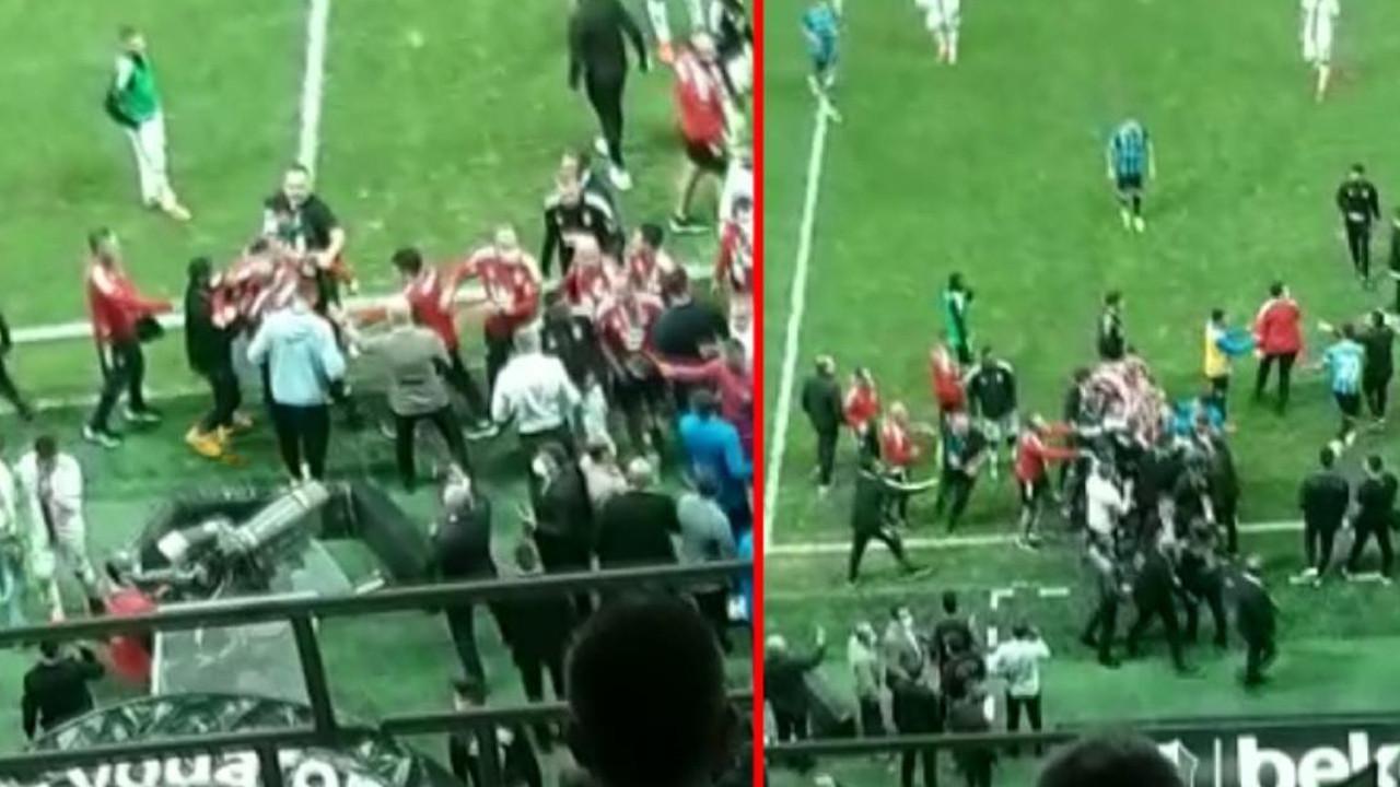 Beşiktaş Adana Demirspor maçında saha karıştı