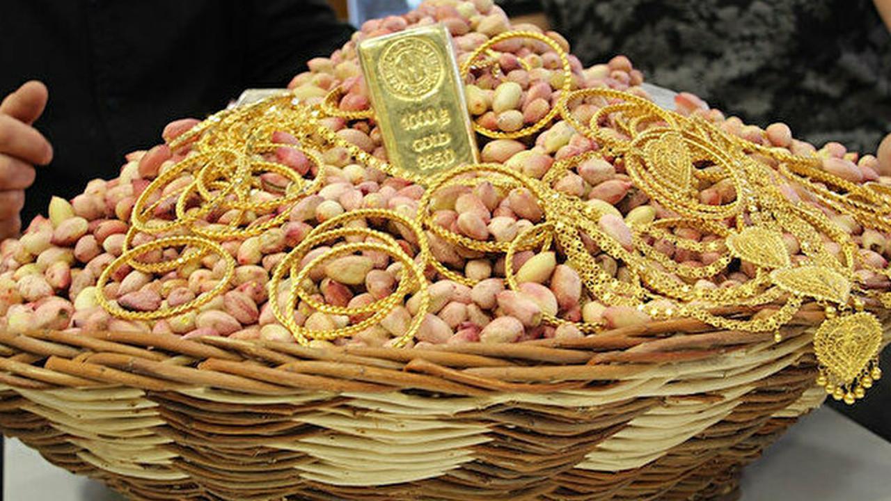 """Fiyatı altınla yarışıyor: Gram altın yerine bir kilo fıstık alıp takacaklar"""""""