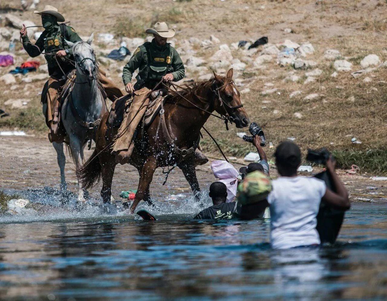 ABD-Meksika sınırında insanlık dışı görüntüler - Resim: 1