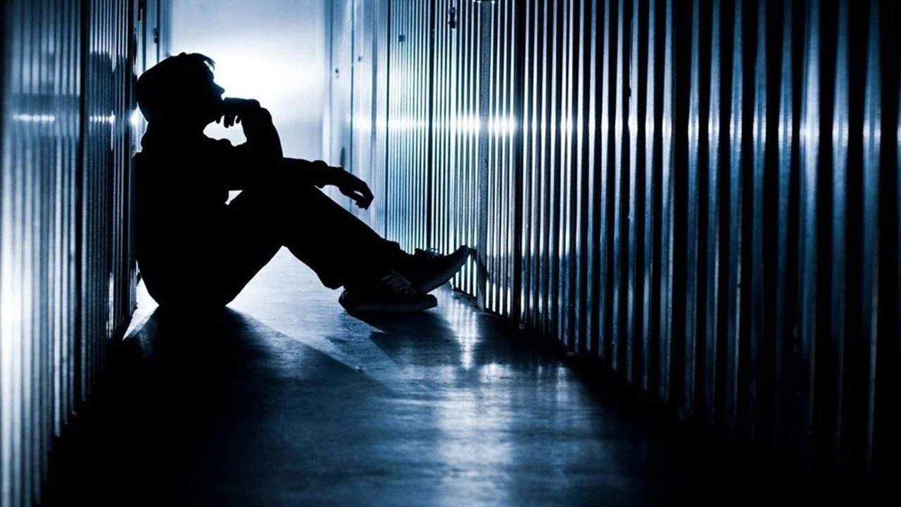 İnternette korkunç tehlike: Çocukları ve ergenleri intihara sürüklüyor