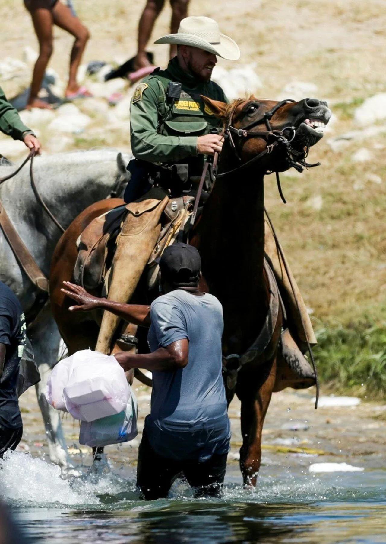 ABD-Meksika sınırında insanlık dışı görüntüler - Resim: 3