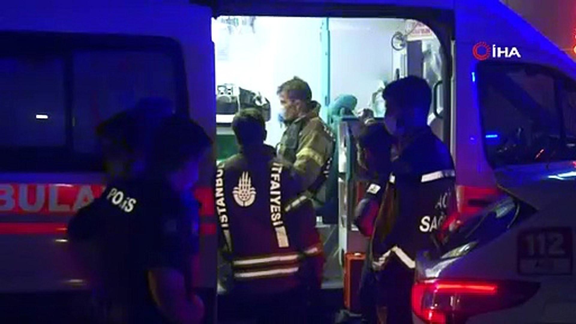 İstanbul'da lüks yat yanarak battı