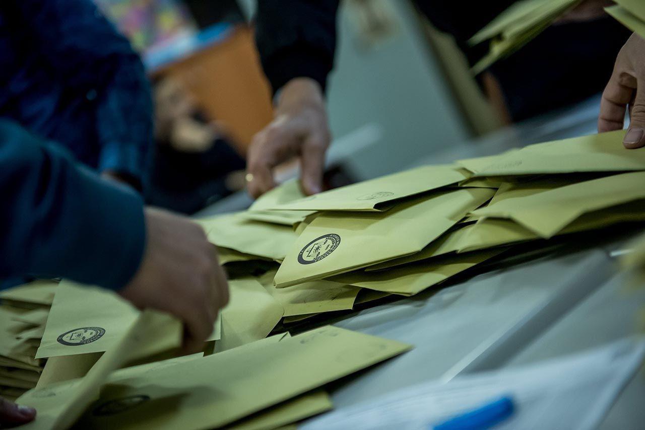 Son anketten Erdoğan'a bir kötü haber daha: İşte karşısındaki 4 muhtemel aday karşısındaki oy durumu - Resim: 1