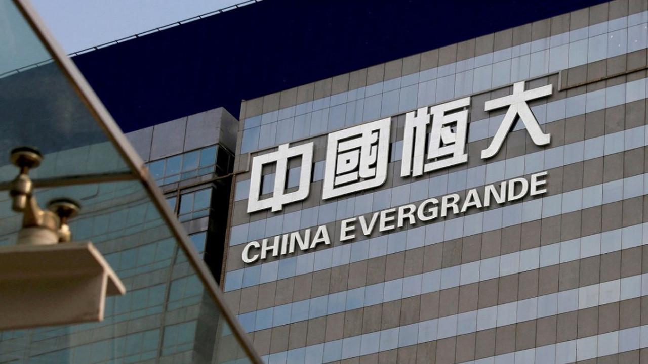Piyasalar allak bullak: Evergrande olayı büyük krizin habercisi mi?
