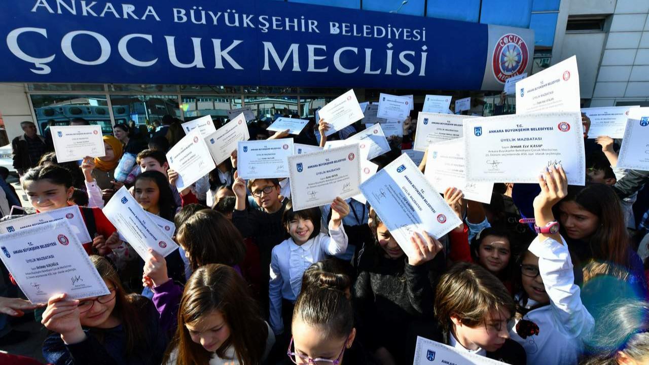 Haydi çocuklar Meclis'e: Ankara'da 26. Dönem Çocuk Meclisi başvuruları başladı