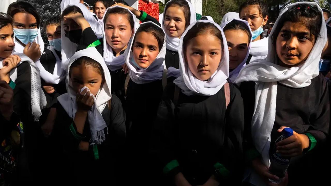 Taliban'dan ''kız öğrenci'' açıklaması