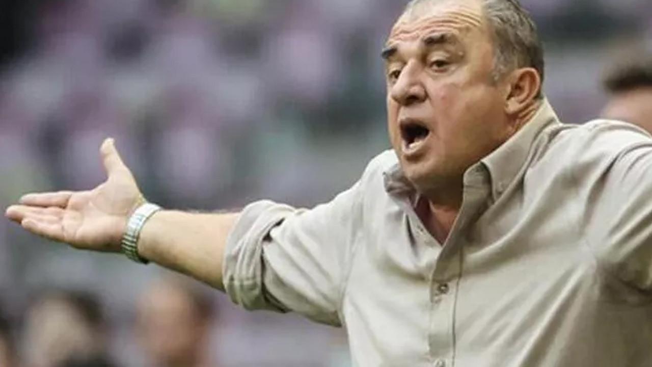 Galatasaraylı taraftarlardan Fatih Terim'e istifa çağrısı