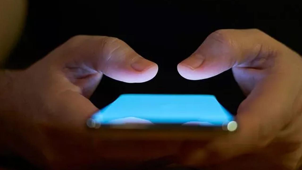 Apple'dan Facebook'a tehdit!