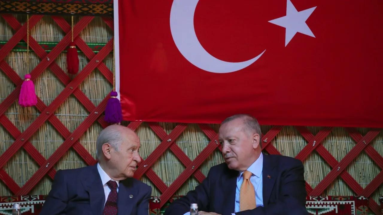 Ünlü anketçiden çok konuşulacak Bahçeli - Erdoğan iddiası