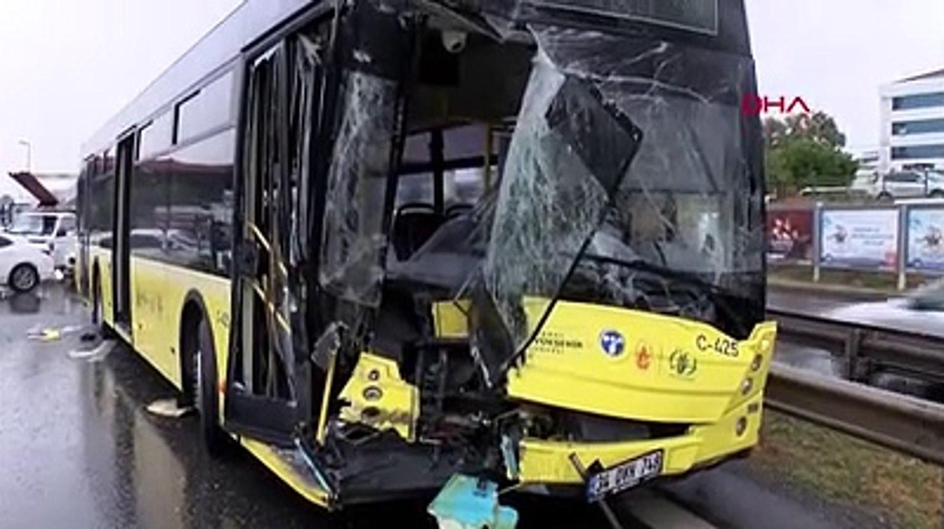 İstanbul'da büyük kaza! D-100 otoyolu kapandı