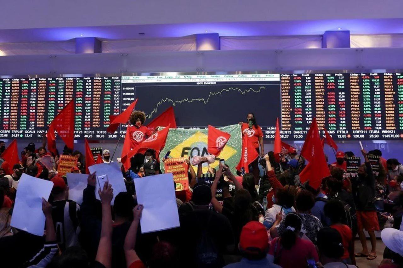 Brezilya'da halk borsayı bastı: ''Her gün milyar dolarlar kazanmanızı kabul etmiyoruz'' - Resim: 3