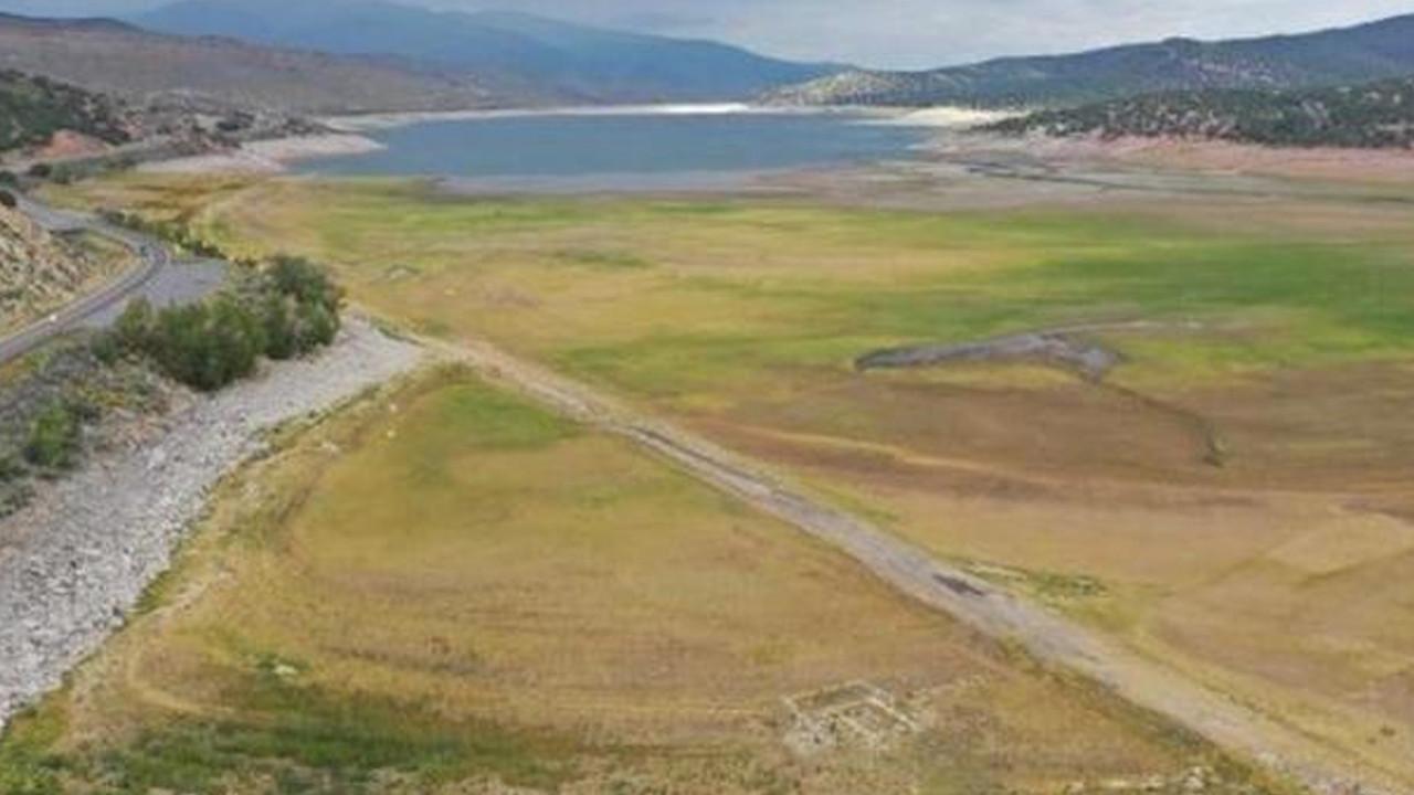 Sular çekildi, hayalet kasaba 65 yıl sonra ortaya çıktı