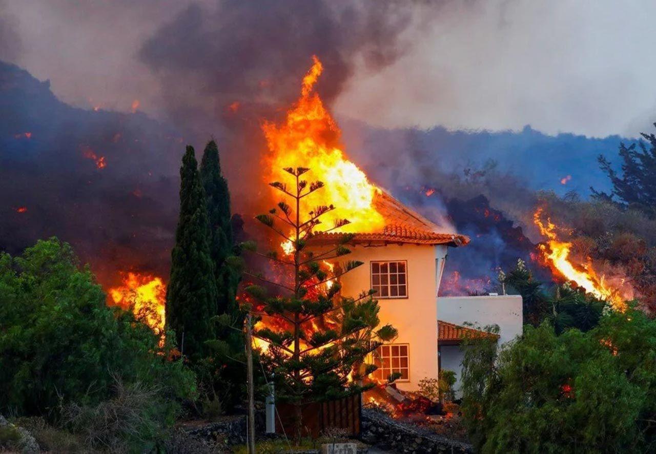 Yanardağ felaketinde mucize: Lavlara karşı tek başına ayakta kaldı - Resim: 3