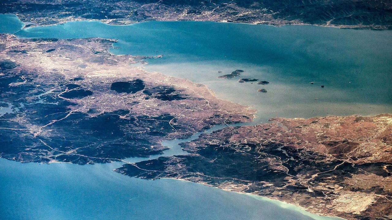 İstanbul için korkutan tsunami uyarısı: ''İnsanları denize sürükleyebilir''