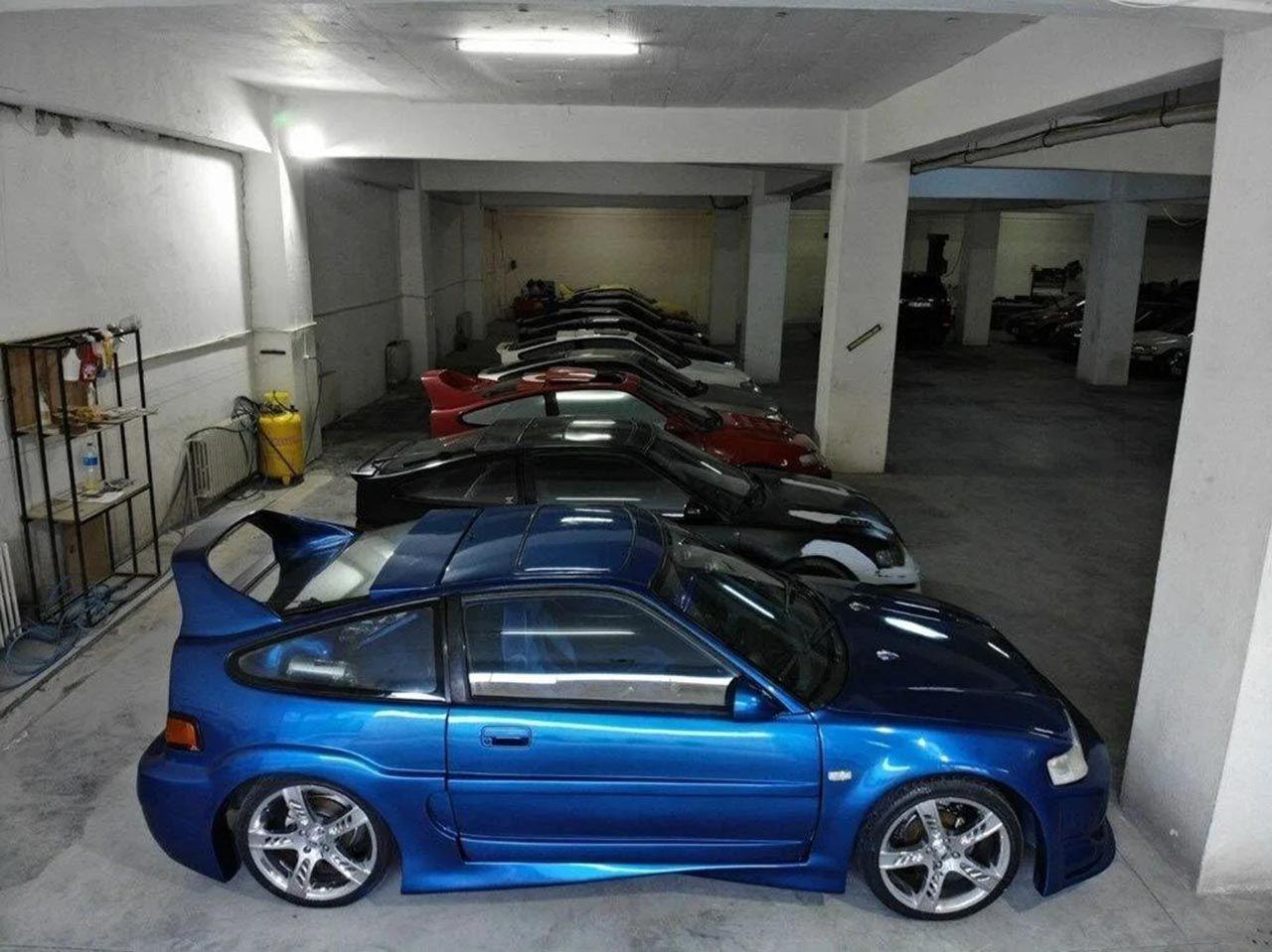 Türkiye'nin en büyük otomobil koleksiyonu satılıyor! 17 araç, 17'si de aynı araç! - Resim: 1