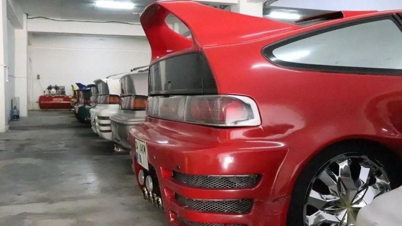 Türkiye'nin en büyük otomobil koleksiyonu satılıyor! 17 araç, 17'si de aynı araç!
