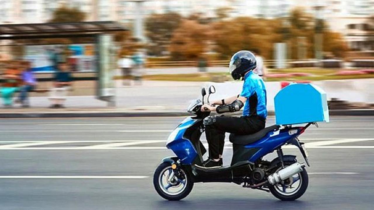 İstanbul trafiğinde motokurye savaşı: Bonus kazanmak için canlarını hiçe sayıyorlar