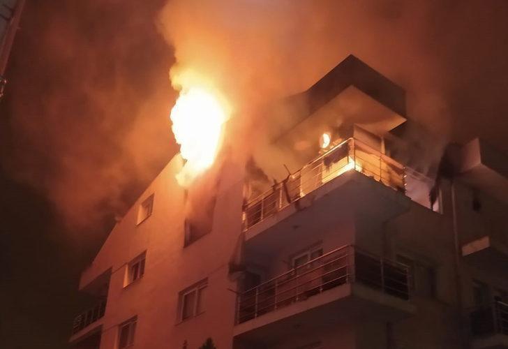 Öfkeli koca binayı ateşe verdi, mahalleli sokağa döküldü - Resim: 2